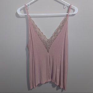 American Eagle pale pink lace neck ribbed camisole